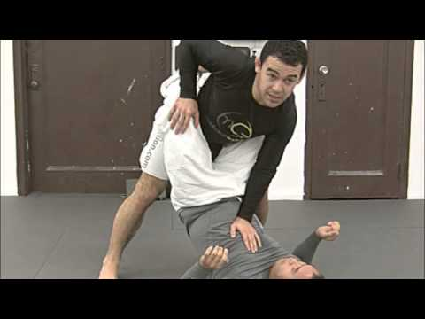 Marcelo Garcia on Breaking the Closed Guard Image 1