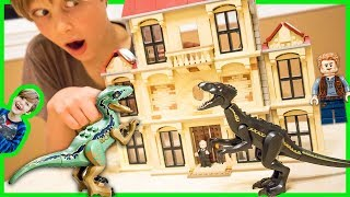 Lego Jurassic World Indoraptor Vs. Blue Dinosaur Battle and Time Lapse Build!