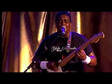 Yola Semedo_Show em Luanda Parte 2/5