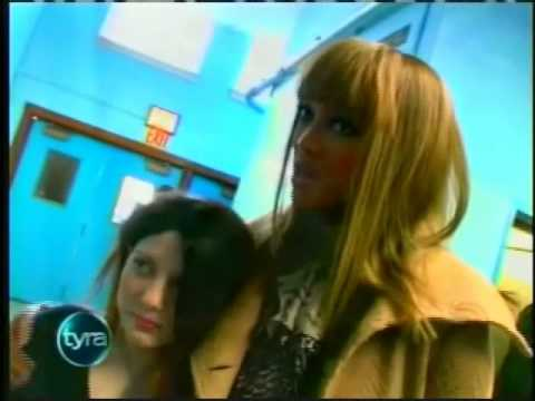 Peggy Knight Helps Girl with Hair Loss / Alopecia Areata on the Tyra Banks Show
