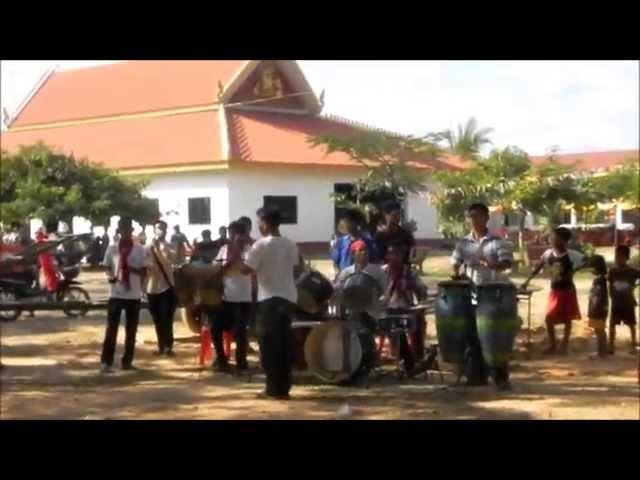 ក្រុមតន្រ្តីស្គរដៃ   ខេត្ដឧត្ដមានជ័យ   Khmer traditional, Classical, Calture, Civilization