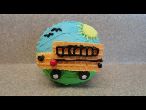 Decorating Cupcakes : Back To School - The School Bus
