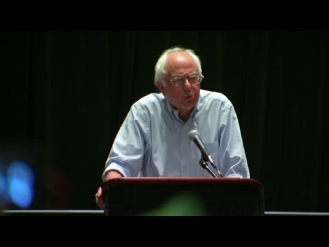 Sanders booed after voicing support for Clinton