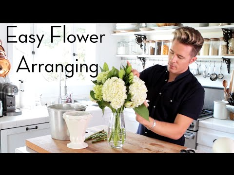 Easy Grocery Store Flower Arranging   Home Hacks   Theodore Leaf