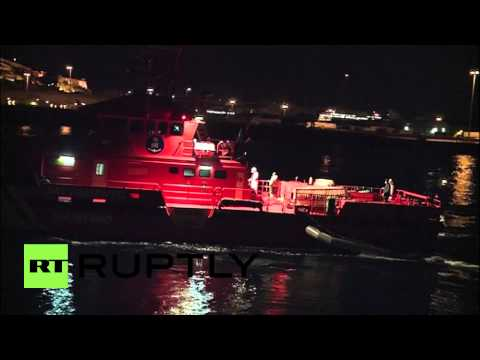 Spain: Sub-Saharan babies rescued from inflatable dinghy