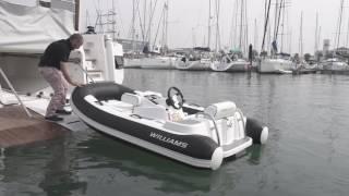 Oceanis Yacht 62 tender garage