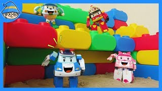 Robocar Poli toys episode. color study with Poli toys. learn color using color block. rescue amber.