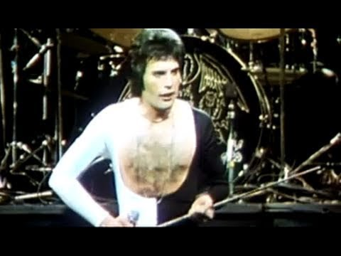 Queen - Queen -  We Are The Champions (Official Video)