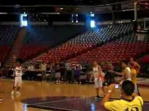 "allan ""The Triggerman"" Caidic threepoint shootout at the sacramento kings stadium (march 9, 2008)"