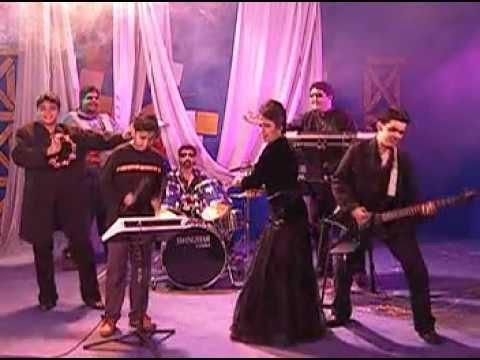 Dil To Pagal Hai - Mujhko Hui Na Khabar (starring Haidar & Faris...