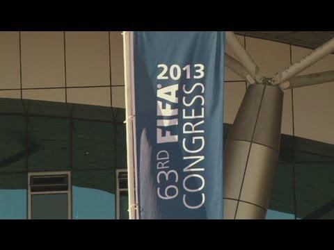 Blatter quashes FIFA 'dictator' tag in Mauritius