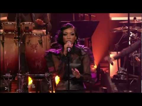 Brandy & Monica - It All Belongs To Me (Live @ Jay Leno) 02-16-12