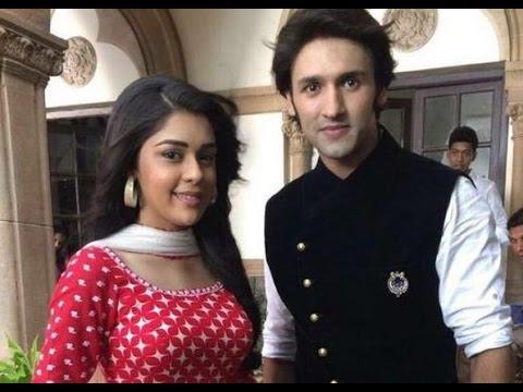 Raja & Naina's Masti On The Sets Of  'Ek Tha Raja Ek Thi Rani' | #TellyTopUp