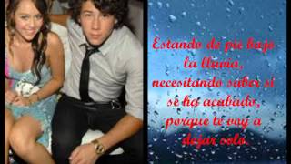 Nick Jonas y Miley Cyrus Before The Storm Español