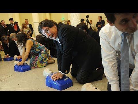 Capacitarán a estudiantes secundarios de todo el país en reanimación cardiopulmonar
