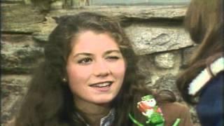 Watch Amy Grant Santas Reindeer Ride video