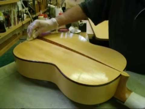 Roger Williams - Luthier