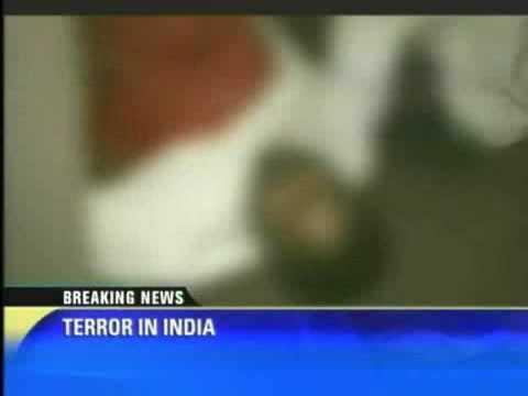 Muslim terrorist kill American and Btitish Kafirs in Mumbai,