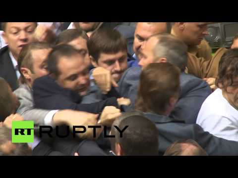 Rada brawl video: Ukraine parliament fistfight breaks out again klip izle