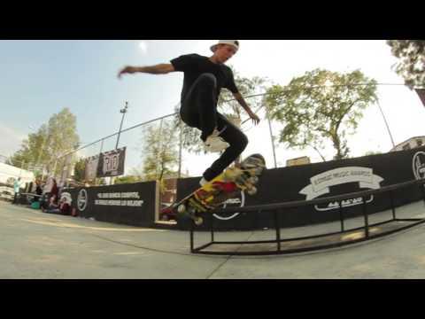 "Team flow Zarape Skateshop Alexis Valenzuela y Manuel Macias ""Pecklo"""