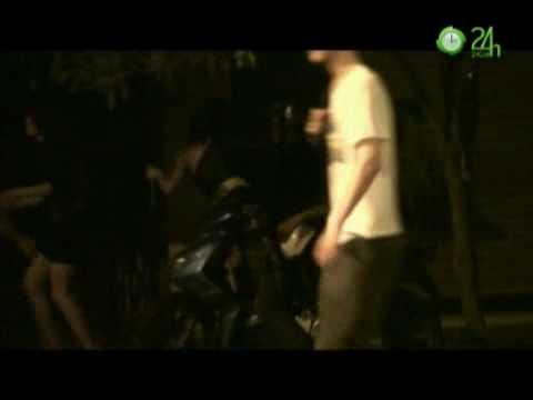 Video-Sốc với màn loạn tình của teen Việt - 5_10_2010 - xemtin.net.flv