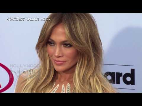 (WATCH) Jennifer Lopez Nude, Cleavage At Billboard Music Awards 2015 Red Carpet thumbnail