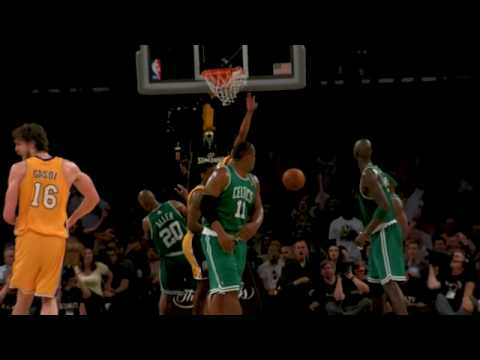 Shannon Brown's Amazing Alley-Oop