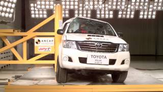 ANCAP - Toyota Hilux 4x4 Single and Extra Cab Utes - side pole crash test / 5 Star  safety rating /