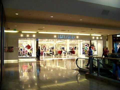 Forever 21 at Fashion Show Mall ~ Las Vegas - YouTube