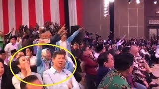 Viral Video Pendukung Jokowi & Prabowo Saling Ledek saat Jeda Debat Capres Kedua
