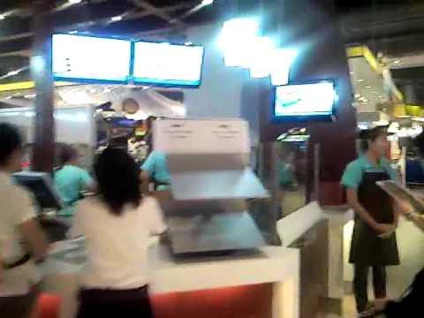 SNC00624: First CINNABON Shop, Paragon, Bangkok, Thailand