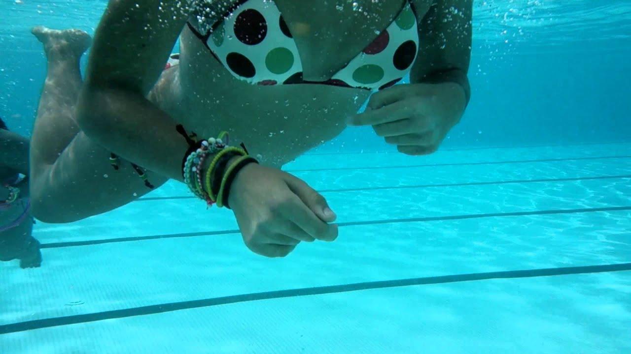 Nadando en la piscina 2 youtube for Piscinas estructurales chicas