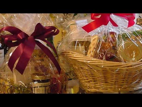 Clique e veja o vídeo Curso Decoração e Montagem de Cestas para Presentes