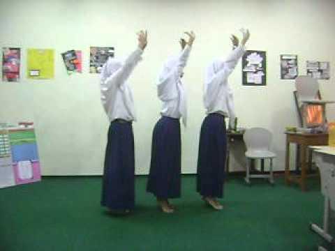 TARI GANDES Cover Dance by MTsN Malang 1 students