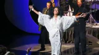 Diana Ross Reach Out And Touch Somebody 39 S Hand Wynn Theater Las Vegas Nv Oct 11 2017