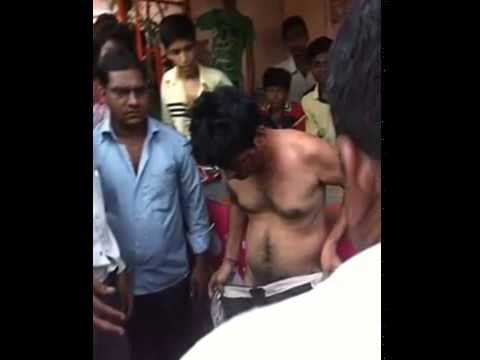 Lynch Mob Castrate Rapist Caught Attacking Girl In India!!! video