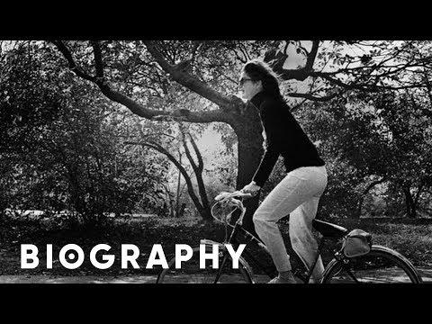Mini BIO - Jacqueline Kennedy Onassis