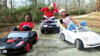 Bad Baby Grinch ATTACKS Bad Kids Christmas Prank - Shasha and Shiloh - Onyx Kids
