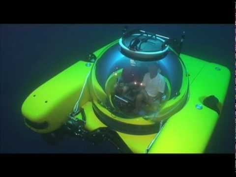 Triton Submarines 36000 feet depth (10972 mètres)