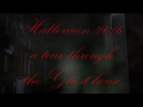 Halloween House of the haunted  Tour trough Horror House by T.t.W. Travel the world