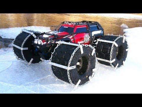 RC ADVENTURES - FLOATiNG TRAXXAS SUMMiT - Custom Chains &amp; Floating RC TiRES! TEST PT 1