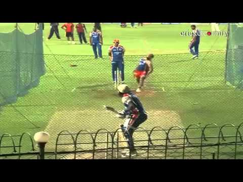 IPL 2013: Royal Challengers Bangalore practice ahead of match against Delhi Daredevils