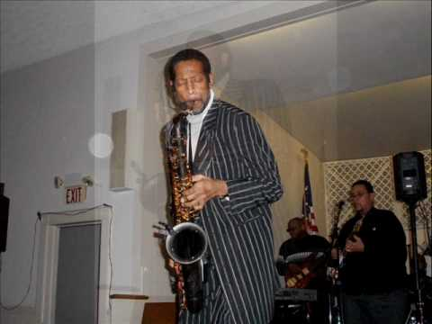 Saxy Ric-TRUST IN THE LORD.wmv Video