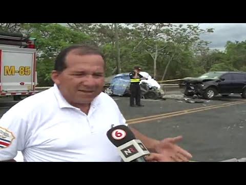Cinco personas fallecieron por colisión frontal en ruta 27
