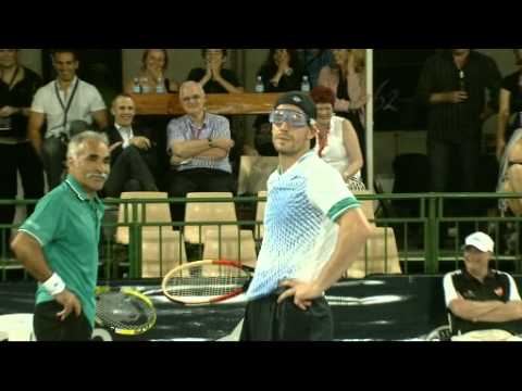 Players embarrass McEnroe at the WTC 2011