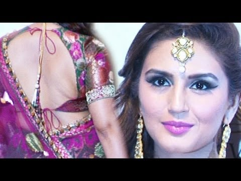 HUMA QURESHI ON THE RAMP AT INDIA BRIDAL FASHION WEEK 2013