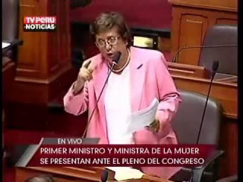 Ministra de la Mujer se presentó en el Congreso