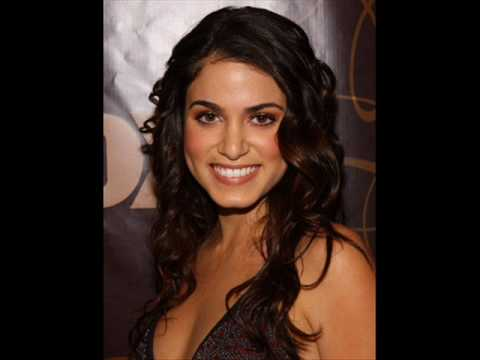Nikki Reed dating Paris Latsis?