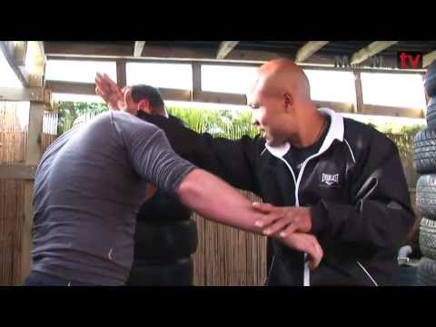 Wing Chun student - Training Lesson 2 Image 1