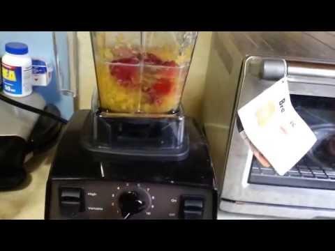 Vitamix Creations vs Oranges and Strawberries